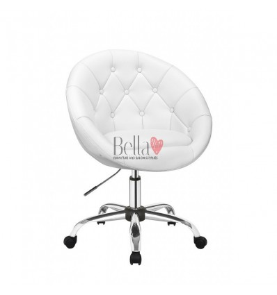 White Chairs on wheels for beauty salons, hairdressers and nail salons. Chair on wheels white BFHC8516K