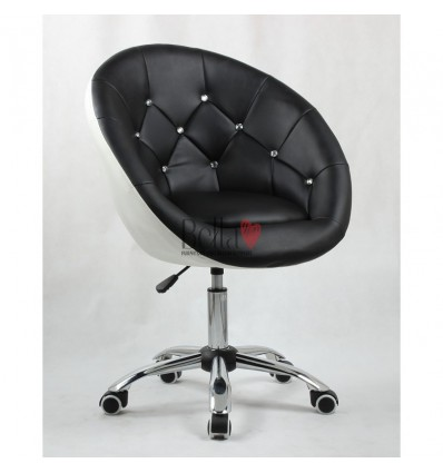 Chairs on wheels for beauty salons, hairdressers and nail salons. Chair Black and white BFHC8516K