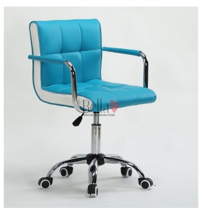 Bella Furniture Turquoise chairs on wheels in Ireland. Nail Salon chairs for sale. Stylish chairs for nail salons Dublin. Turquo