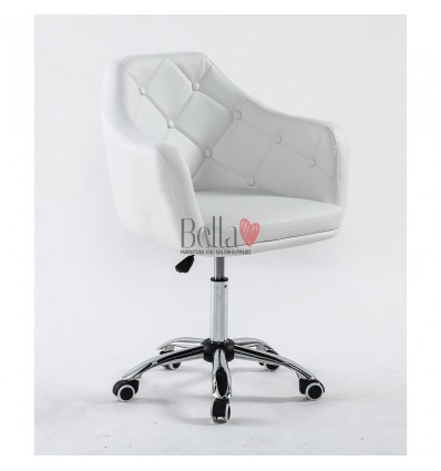 Chair on wheels White BFHC831K