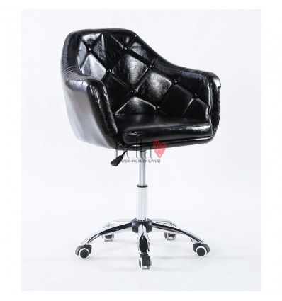 Black hairdressers chair for sale. Chair on wheels Black BFHC830KB