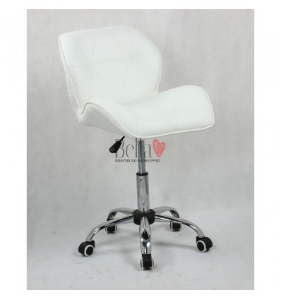 Elegant and stylish white chairs for beauty salons and nail salons White BFHC111K
