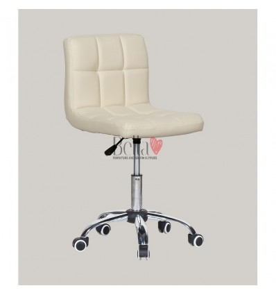 cream chairs for hairdressers. cream chair for beauty salons Ireland BFHC8052K