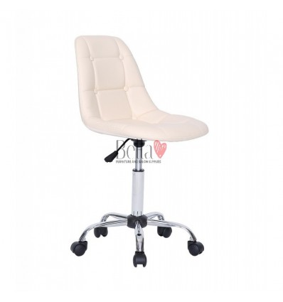 Cream chairs for beautician. Cream chair for beauty salons Ireland BFHC1801K
