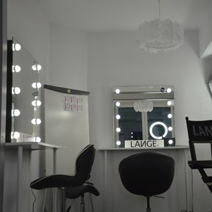 glamour makeup mirror. bella furniture makeup mirrors