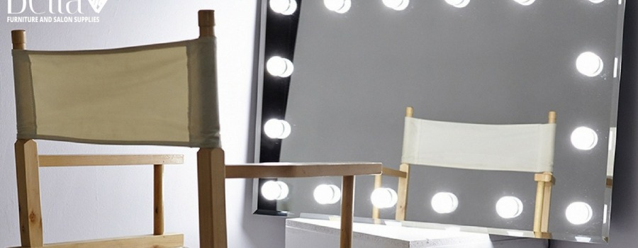 Importance Of Professional Makeup Mirrors In A Makeup Salon
